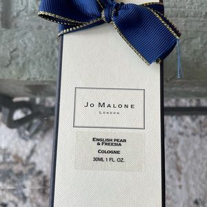 Jo Malone English Pear and Freesia Cologne